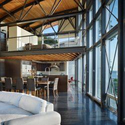 Casa com estrutura metálica utilizando mezanino