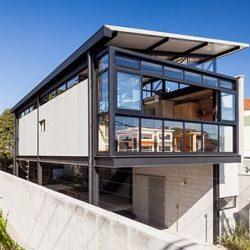 Casa com sistema de estrutura metálica