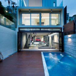 Casa minimalista com integração de ambientes