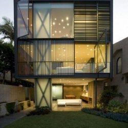 Casa moderna com estrutura em metálicas