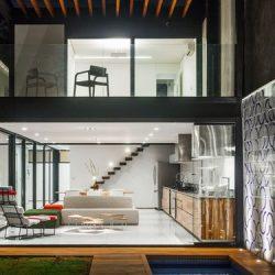 Casa moderna com estrutura metálica