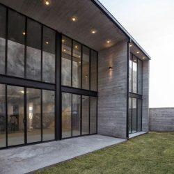 casa metalica traz modernidade
